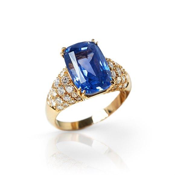 Van Cleef & Arpels 18k Yellow Gold Ceylon Sapphire & Diamond Cocktail Ring