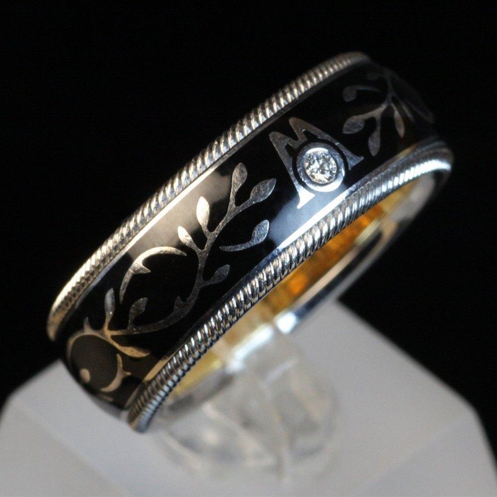 Wellendorff Hibiscus 18k White Gold Diamond Black Ring